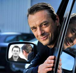 Tom Waes met zijn leermeester, Bart De Pauw