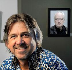 Illustrator Jan Bosschaert met zijn leermeester, decorbouwer Johan Daenen.