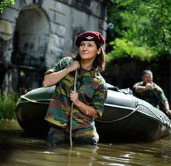 Politica Maya Detiège als paracommando.