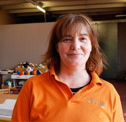 Kringwinkel medewerkster Arlette Lenaerts uit Willebroek