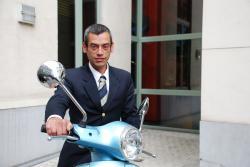 Jorge Lima Nicolau, hotelmedewerker