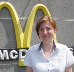 Lizzy Vandenaweele, medewerker bij McDonald's