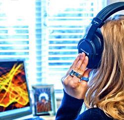 muziek luisteren op het werk