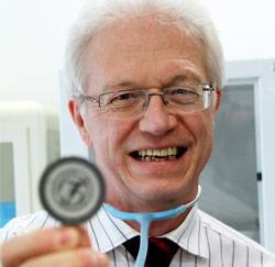Dokter Francis Colla