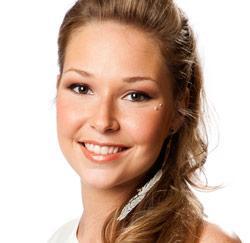 Lora Van Hooff, Idool 2011