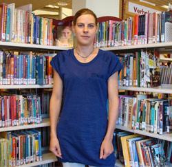 Bibliotheekmedewerker Katia