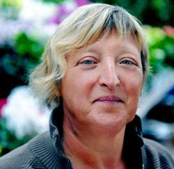 Bea Van Steenberghe (53), Herzele, medewerkster tuincentrum
