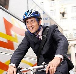fiets man kantoor