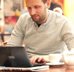 laptop cafe