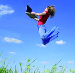 springen laptop vrouw