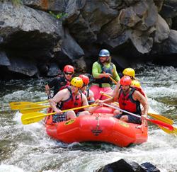 rafting als teambuilding