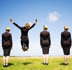 vrouw springt