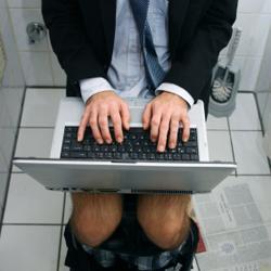 Werken op het toilet