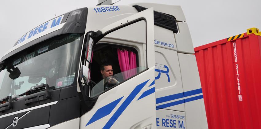 Trucker Daisy aan het werk