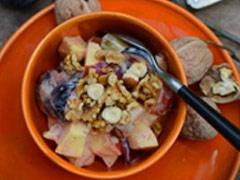 Fruit met gember en kaneel