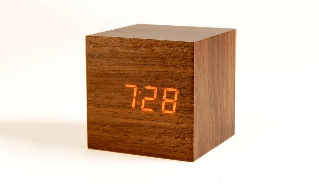 Click Cube Clock