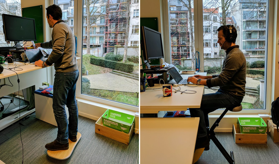 Roel Naessens aan zijn standing desk