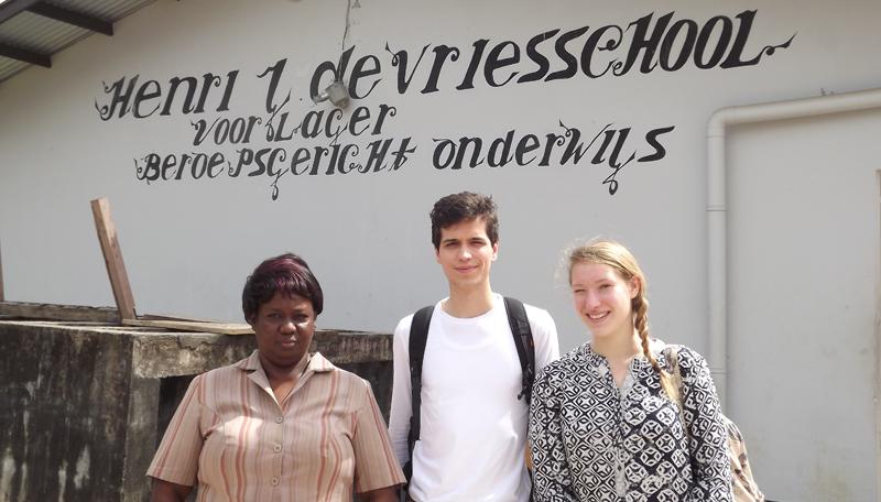 Nina Van Bruwaene op stage in Suriname