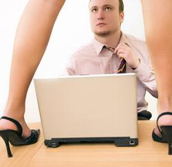 flirten op werkvloer